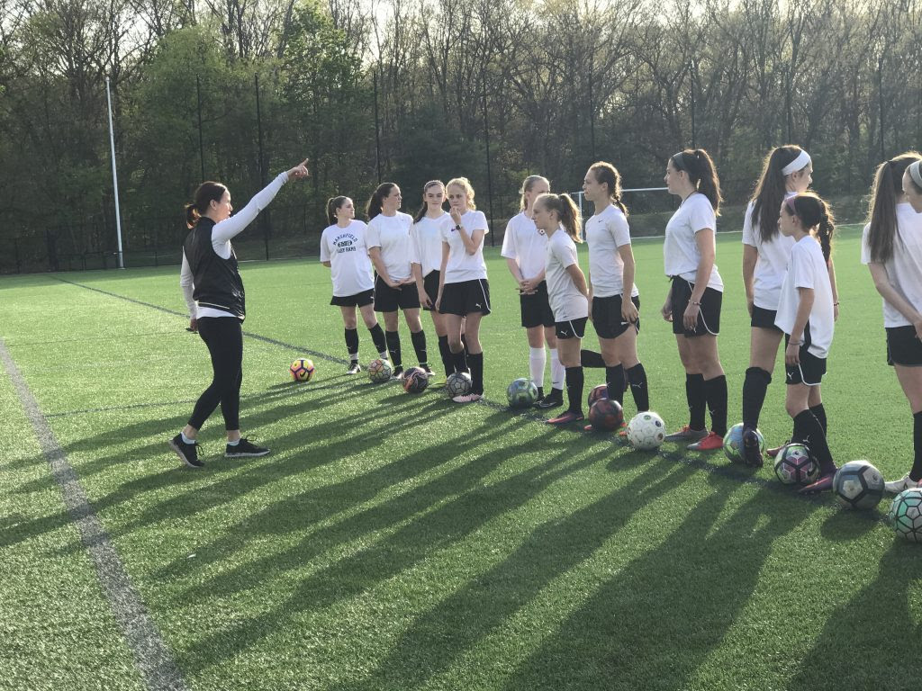 Soccer Girls Problems and How To Coach Girls